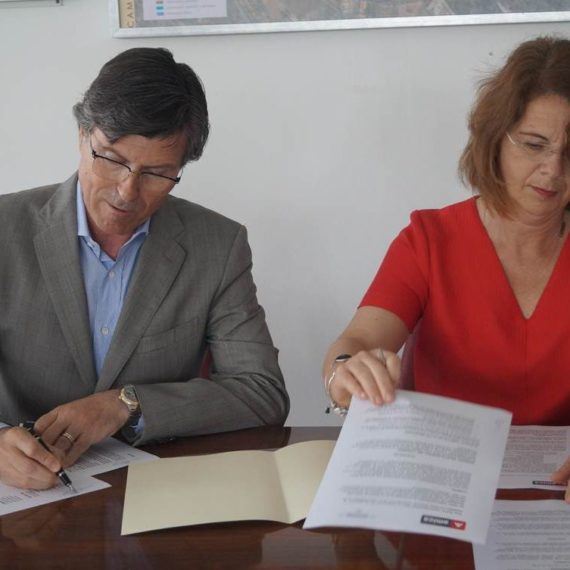 Firma Convenio Textil Santanderina