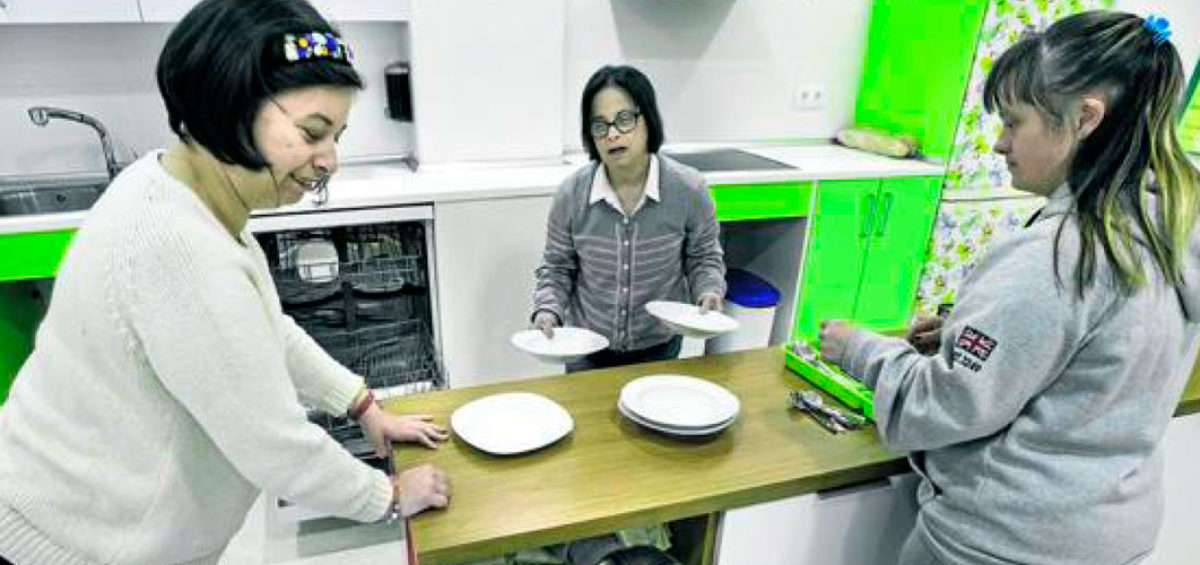 Santoña ayuda a Amica en la compra de su sede con una subvención de 180.000 euros