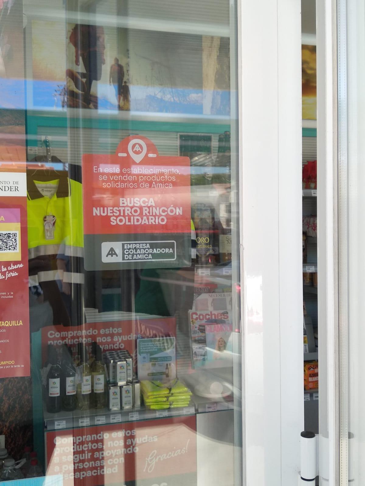 Gasolinera Cobo se convierte en punto de venta de productos solidarios de Amica