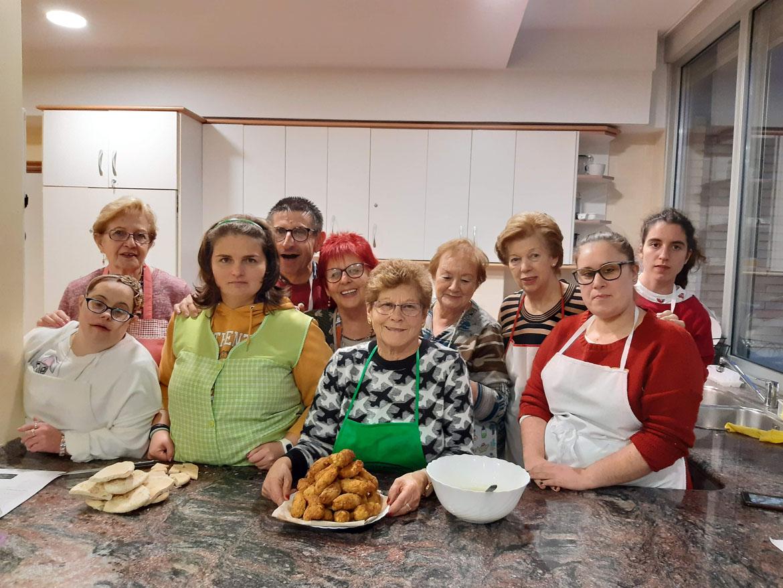 Taller de Cocina Intergeneracional Ramiro Bustamante + Amica