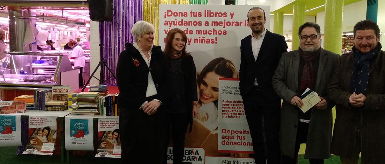 APEMECAC y Ayuntamiento de Torrelavega impulsan una nueva recogida de libros para la librería solidaria de Amica