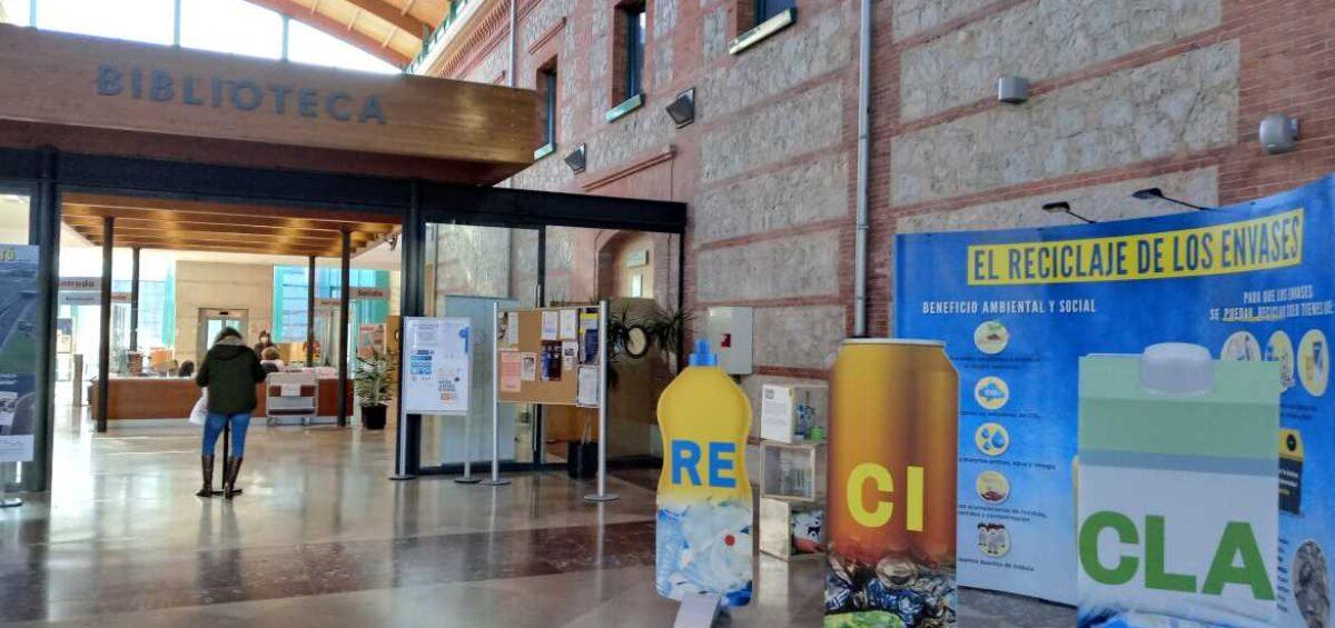 """Amica junto con el Ayuntamiento de Santander y Ecoembes, presenta la exposición """"El reciclaje de los envases"""""""